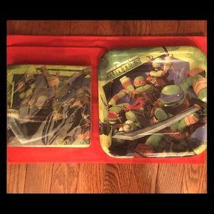 NEW NINJA TURTLES bday plates and napkins